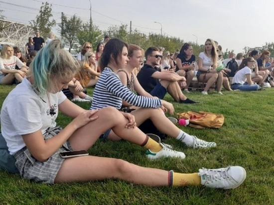 На фестивале «Берег» перед волгоградцами выступают блогеры и группы