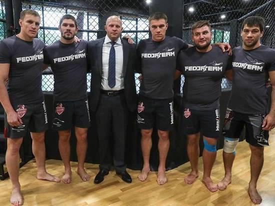 Российская банда в Bellator: у кого какие шансы на чемпионство
