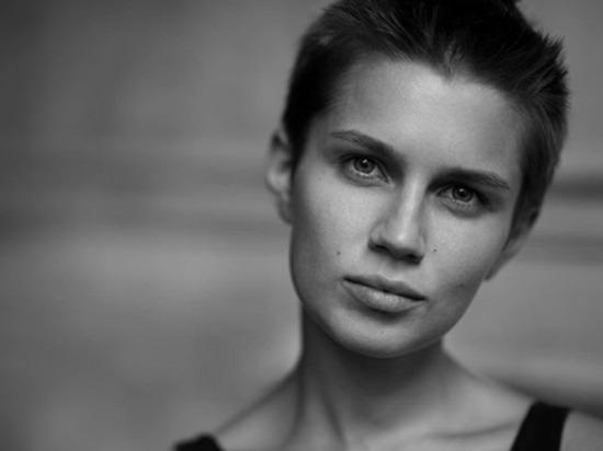 Дарья Мельникова показала, как кормит сына грудью