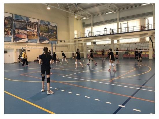 В Серпухове состоялся турнир по волейболу среди воспитанников спортивной школы