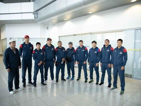 Сборная Кыргызстана прибыла в Екатеринбург на Чемпионат мира