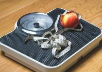 Названы способы вернуться к здоровому питанию после разгульных выходных