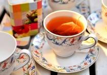 Гость обокрал рязанскую пенсионерку, пока та заваривала ему чай