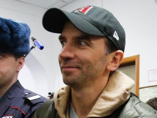 Мосгорсуд отменил арест 8 млрд рублей по делу экс-министра Абызова