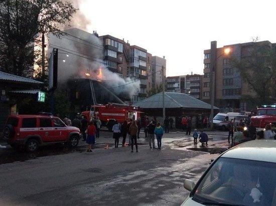 В Иркутске горело историческое здание в центре города