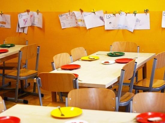 Больная тема: поставщик питания в школы Калуги обещает выдерживать стандарты качества