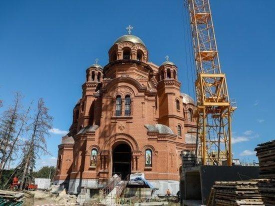До конца года на соборе Александра Невского в Волгограде засияет главный купол