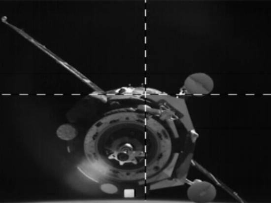 Странные события в космосе: воет сирена, робота Федора не пускают