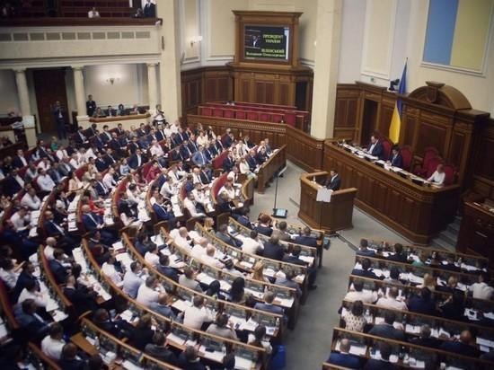 Зеленский дал Верховной раде год испытательного срока, после — снова роспуск