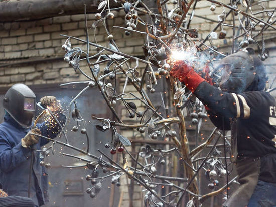 Судьба и местоположение кованой «Зимней вишни» остаются неизвестными