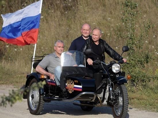 """Лидер """"Ночных волков"""" не увидел нарушения в езде гостей без шлемов в Севастополе"""