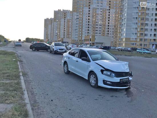 В Тамбове девушка-водитель устроила тройное ДТП