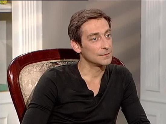 Артем Ткаченко признался, почему его на первых съемках одели в платье