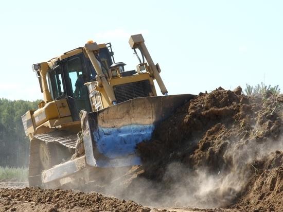 В Медыни идут работы по строительству взлётно-посадочной полосы