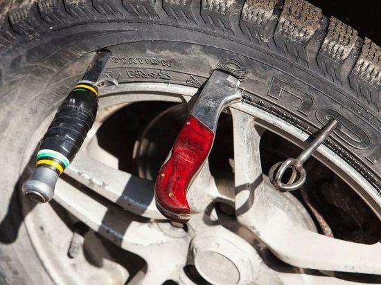 Полиция нашла того, кто резал шины в Абакане