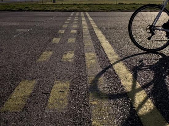 В Абакане  водитель иномарки сбил девушку на велосипеде