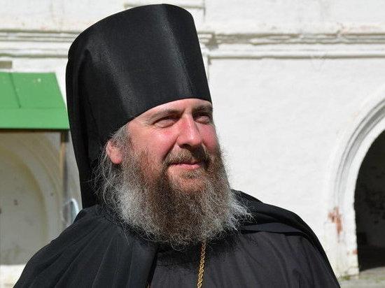 Вместе с митрополитом Священный Синод поменял и наместника Сийского монастыря