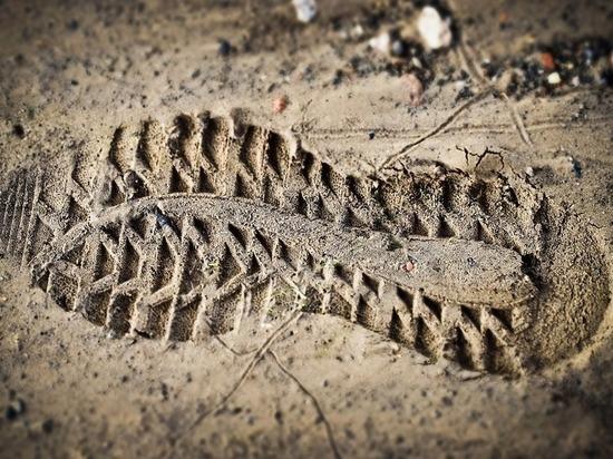 В Татарстане рабочего насмерть завалило землей