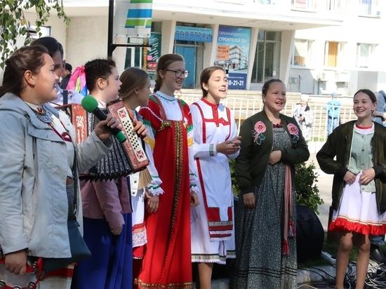 Творческий бульвар и Фестиваль народных промыслов в Новочебоксарске встретил гостей