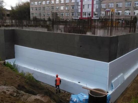 Правительство: обрушение перекрытия на стройке ярославской онкобольницы не повлияет на сроки строительства