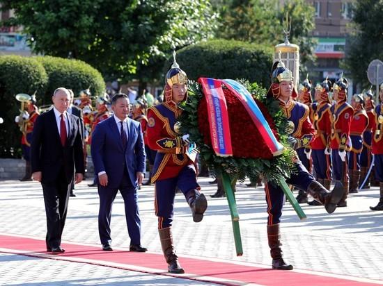 В Улан-Баторе российский президент показал чудеса пунктуальности