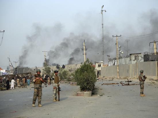 Народ Афганистана впал в отчаяние: гуманитарная помощь США финансирует терроризм