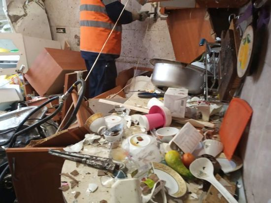 В одной из уфимских квартир взорвался самогонный аппарат: есть пострадавший