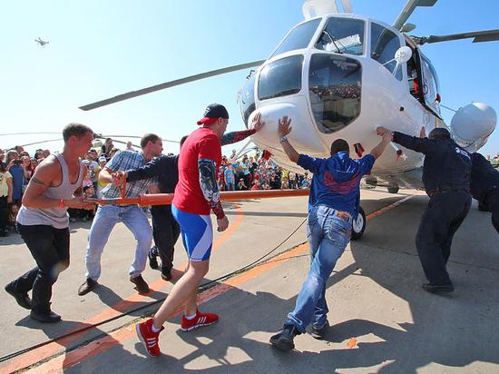 Улан-Удэнский авиационный завод широко отметил свое 80-летие
