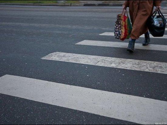 В Абакане неизвестный водитель сбил пенсионерку и скрылся с места аварии  ДТП произошло днем накануне на пешеходном переходе улиц Мира - Гагарина