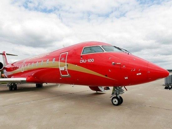 Летевший в Петербург самолет экстренно вернулся в Воронеж