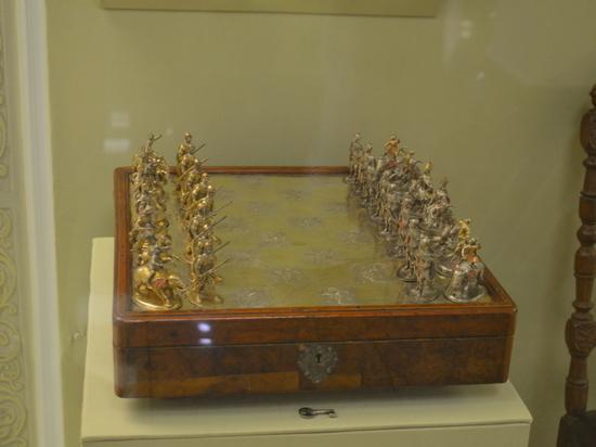 В историческом музее Южного Урала открывается выставка царских реликвий