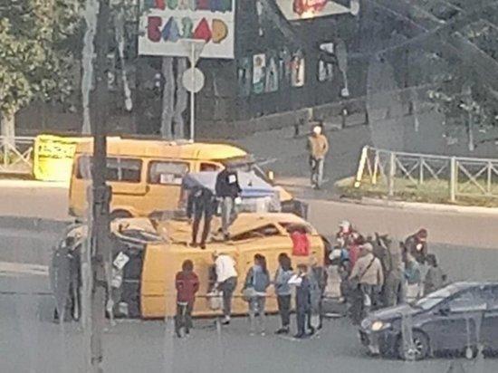 В столице Тувы произошло ДТП с участием маршрутки