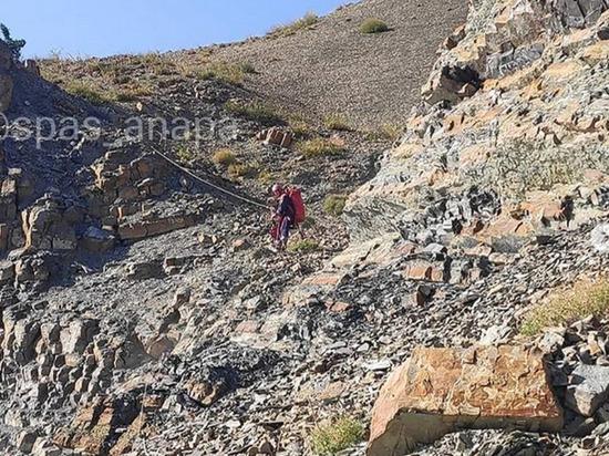 Туристка из Германии застряла на склоне горы в окрестностях Анапы