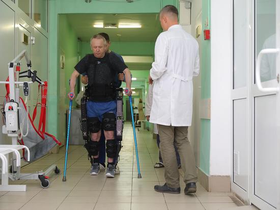 Экзоскелет тестируют в больнице № 33 Нижнего Новгорода