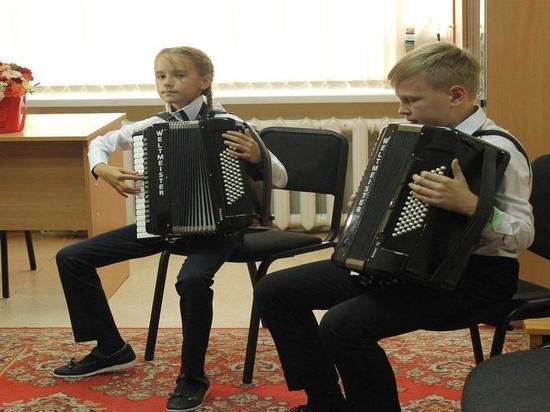 В Тюменской области оснащают детские школы искусств