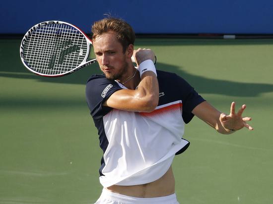 Тарпищев: Димитров - лучший вариант для Медведева в полуфинале