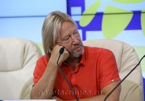 Дмитрий Харатьян в Крыму рассказал о фестивале и своей бороде
