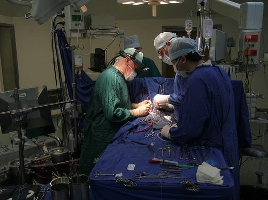 На Урале уволили хирурга, рассказавшего о низких зарплатах