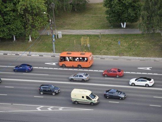 Выделенную полосу на проспекте Гагарина продолжат тестировать осенью