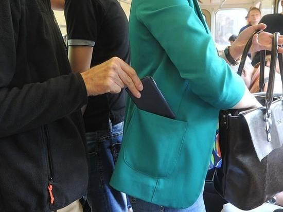 В Оренбурге в автобусах активизировались карманники