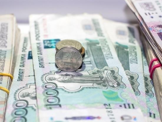 В Алтайском крае бухгалтер обокрала школу на 80 тысяч рублей