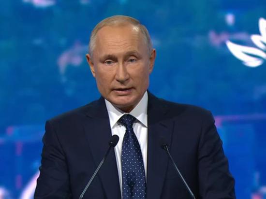 Путин прокомментировал свое пребывание в политике до «95 лет»