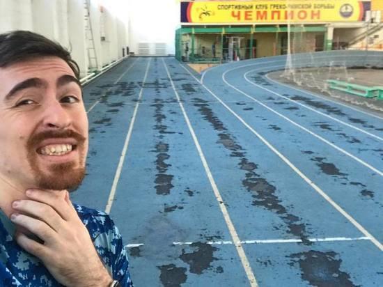 Убирать беговые дорожки в спортивном манеже Политеха не будут