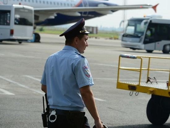 Пассажир рейса «Тель-Авив – Санкт-Петербург» устроил на борту пьяный дебош
