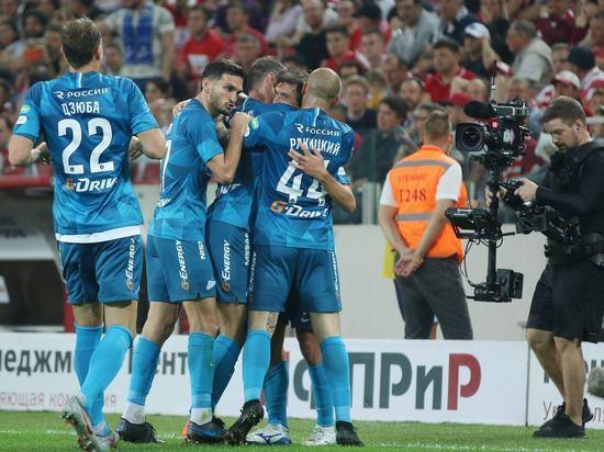 """Большинство топ-клубов переходит на выплаты по итогам сезона,но не """"Зенит"""""""