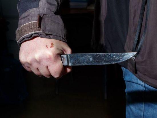 Селянин из Коношского района не помнит, как зарезал жену