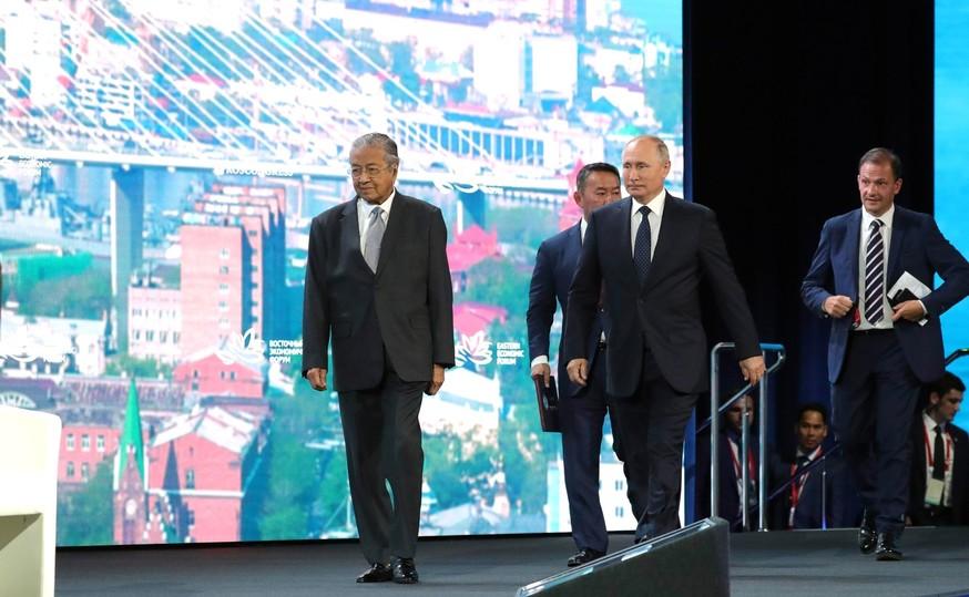 Путин остался непреклонным по поводу двух «пленных» украинцев