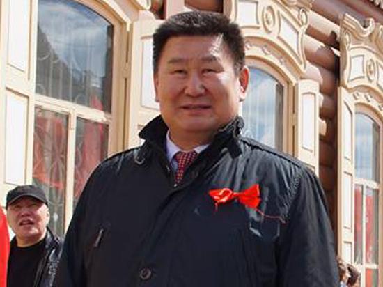 Член комитета по обороне Совета Федерации вывихнул журналистке руку