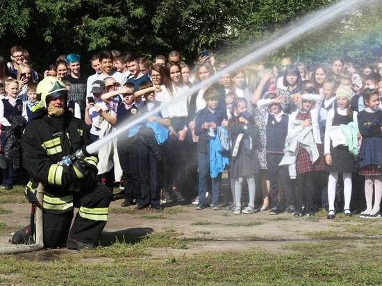 Барнаульская школа на час стала учебным полигоном