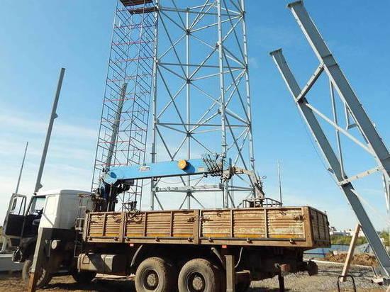 В Северодвинске монтируют скалодром высотой в двадцать метров